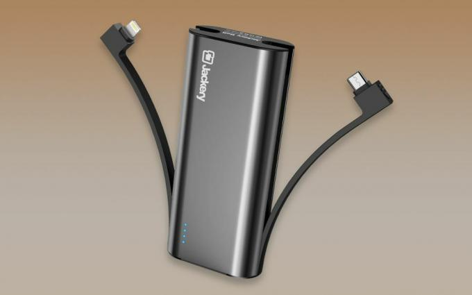 best portable chargers and power banks: Jackery Bolt
