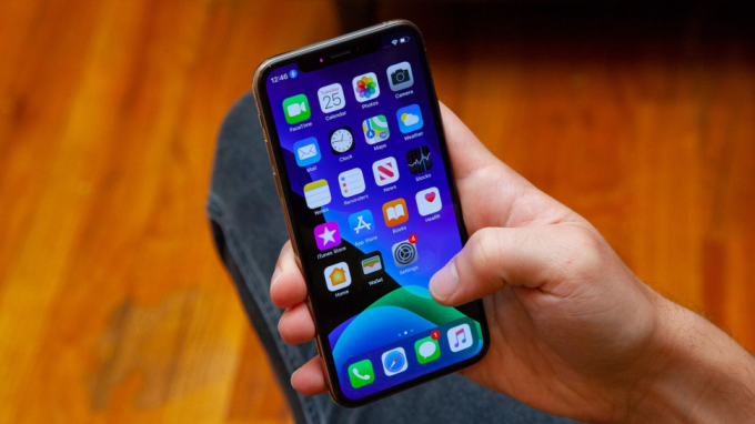 iOS 13 brings many new features, including Dark Mode and Sign In with Apple to iPhones today.